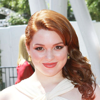 Jennifer Stone in 2010 Creative Arts Emmy Awards - Arrivals
