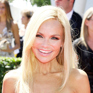 Kristin Chenoweth in 2010 Creative Arts Emmy Awards - Arrivals