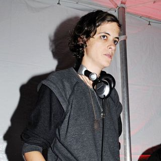 Samantha Ronson in ACE's Brazilian Sunflowers Event to Benefit The Association of Community Employment Programs