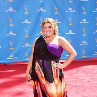 Kaycee Stroh in The 62nd Annual Primetime Emmy Awards