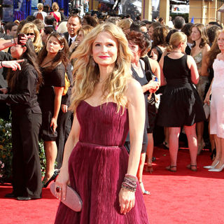 Kyra Sedgwick in The 62nd Annual Primetime Emmy Awards