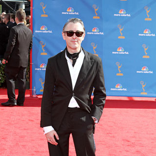 Alan Cumming in The 62nd Annual Primetime Emmy Awards