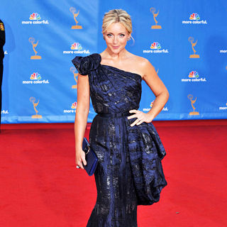 Jane Krakowski in The 62nd Annual Primetime Emmy Awards