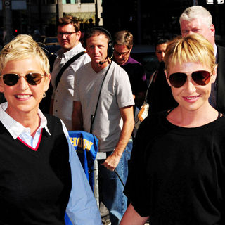Ellen DeGeneres, Portia de Rossi in Ellen DeGeneres and Portia de Rossi Outside The Ed Sullivan Theater