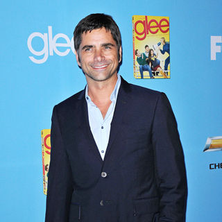 John Stamos in The 'Glee: Season 2' Premiere and DVD Release Party - wenn2991377