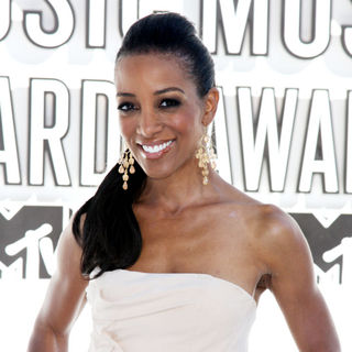Shaun Robinson in The 2010 MTV Video Music Awards (MTV VMAs) - Arrivals