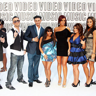 The Situation, DJ Pauly D, Snooki, JWoww, Sammi Giancola, Ronnie Ortiz-Magro, Deena Nicole, Vinny Guadagnino in The 2010 MTV Video Music Awards (MTV VMAs) - Arrivals