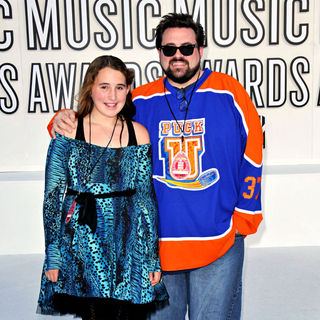 Harley Smith, Kevin Smith in The 2010 MTV Video Music Awards (MTV VMAs) - Arrivals