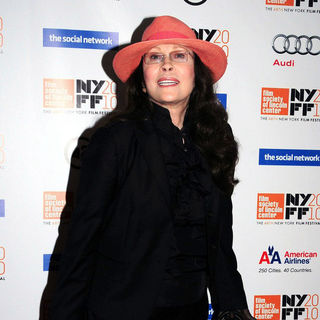 Faye Dunaway in The 48th New York Film Festival - 'The Social Network' Premiere - Arrivals