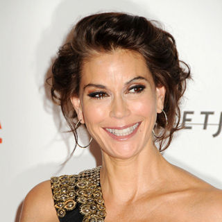 Teri Hatcher in Opening Gala and Unmasking of The Resnick Pavilion
