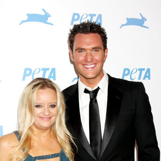 Lucy Davis, Owain Yeoman in The PETA's 30th Anniversary Gala And Humanitarian Awards