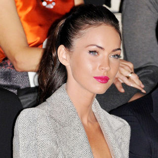 Megan Fox in Milan Fashion Week Milano Moda Uomo F/S 2011 - Giorgio Armani - Front Row - wenn3023187