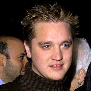 Devon Sawa in The Premiere of Slackers - wenn30240