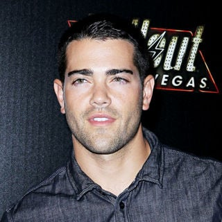 Jesse Metcalfe in The Launch of Fallout New Vegas