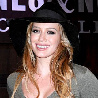 Hilary Duff in Hilary Duff at A Book Signing for Her New Book 'Elixir'