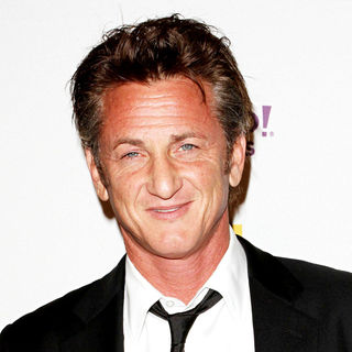 Sean Penn in 14th Annual Hollywood Awards Gala Presented by Starz