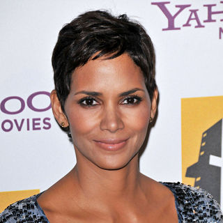 Halle Berry in 14th Annual Hollywood Awards Gala Presented by Starz