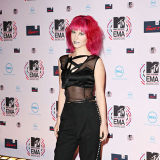 Hayley Williams in MTV Europe Music Awards 2010 - Arrivals