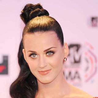 Katy Perry in MTV Europe Music Awards 2010 - Arrivals