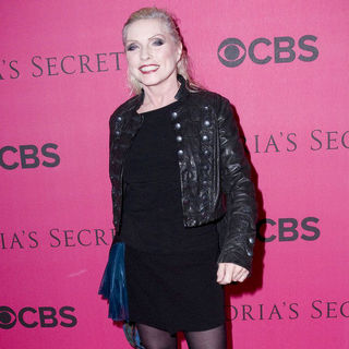 Debbie Harry in 2010 Victoria's Secret Fashion Show - Arrivals
