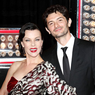 "Debi Mazar, Gabriele Corcos in Los Angeles Premiere of ""Burlesque"""