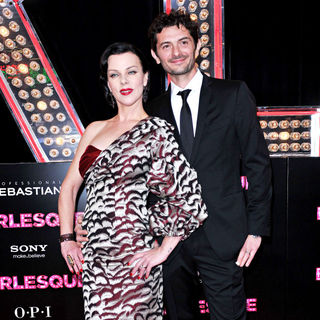 "Debi Mazar in Los Angeles Premiere of ""Burlesque"" - wenn3101120"