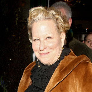 Bette Midler in Bette Midler Leaving Tthe Ivy