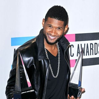Usher in 2010 American Music Awards - Press Room
