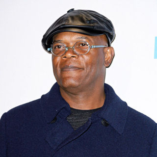 Samuel L. Jackson in 2010 American Music Awards - Press Room