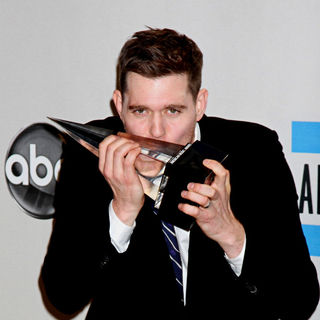 Michael Buble in 2010 American Music Awards - Press Room