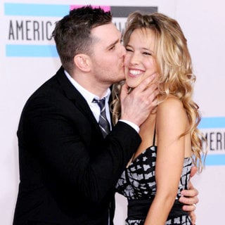 Michael Buble, Luisana Lopilato in 2010 American Music Awards - Arrivals