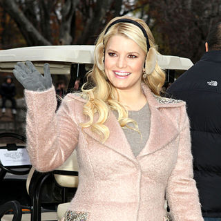 Jessica Simpson in 84th Macy's Thanksgiving Day Parade