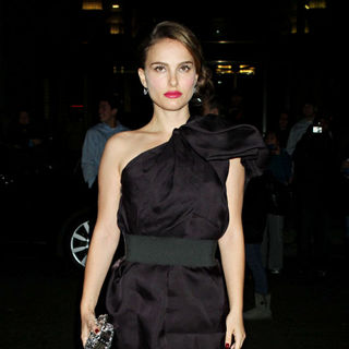 Natalie Portman in IFP's 20th Annual Gotham Independent Film Awards - Outside Arrivals