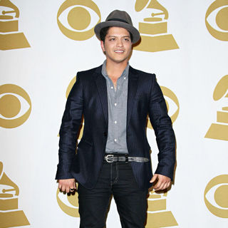 Bruno Mars - The Grammy Nominations Concert Live