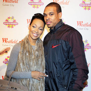 Monica, Shannon Brown in Shannon Brown Celebrates His 25th Birthday at Millions of Milkshakes