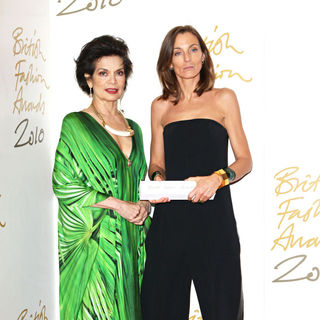 Bianca Jagger, Phoebe Philo in The British Fashion Awards 2010 - Arrivals