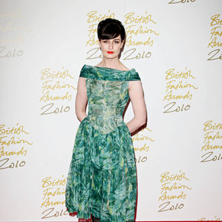 Erin O'Connor in The British Fashion Awards 2010 - Arrivals