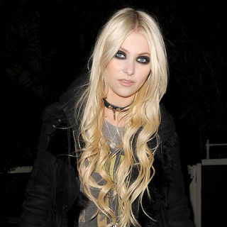 Taylor Momsen Leaving A Private Residence