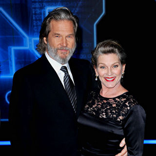 "Jeff Bridges, Susan Geston in Los Angeles Premiere of ""Tron Legacy"""