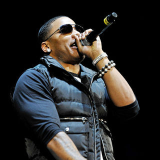 Nelly in The 2010 B96 Jingle Bash Show