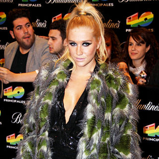 Ke$ha in 40 Principales Awards 2010
