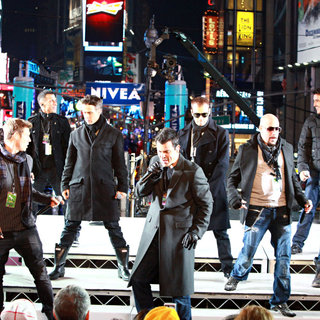 New Kids On The Block, Backstreet Boys in Dick Clark's New Year's Rockin' Eve with Ryan Seacrest