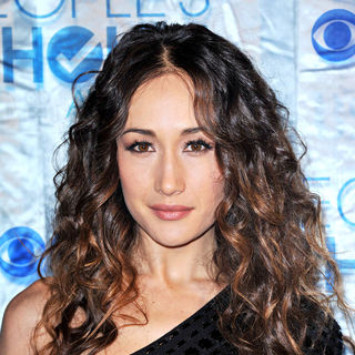 Maggie Q in 2011 People's Choice Awards - Arrivals