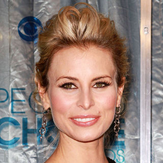 Niki Taylor in 2011 People's Choice Awards - Arrivals - wenn3156641