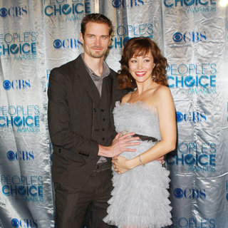 Jesse Warren, Autumn Reeser in 2011 People's Choice Awards - Arrivals