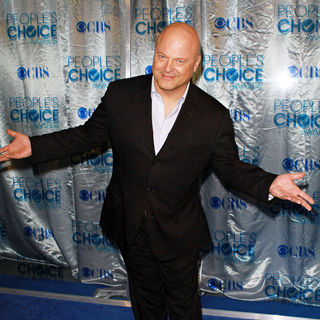 Michael Chiklis in 2011 People's Choice Awards - Arrivals