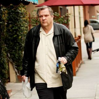 Meat Loaf in Meat Loaf Heads to The Doctors Office in Beverly Hills