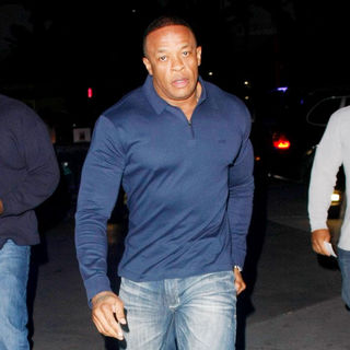 Dr. Dre in Dr. Dre Arriving at The Lakers Game