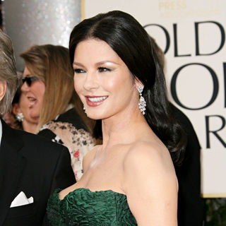 Catherine Zeta-Jones in 68th Annual Golden Globe Awards - Arrivals