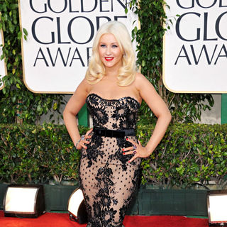 Christina Aguilera in 68th Annual Golden Globe Awards - Arrivals